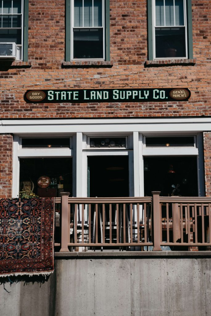 State Land Supply Co, Mountain Dale