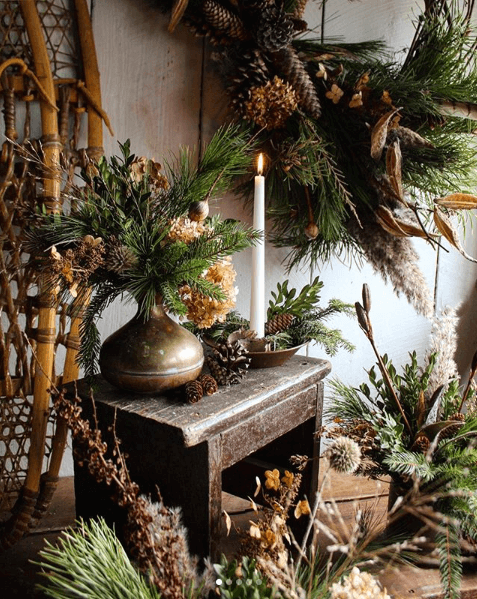 Winter vignette at Hort and post