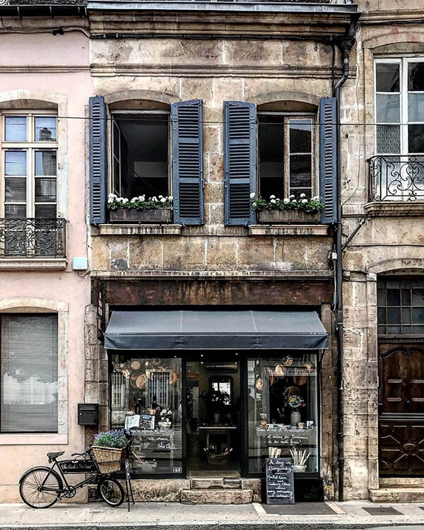 the cooks atelier shopfront facades with or without people